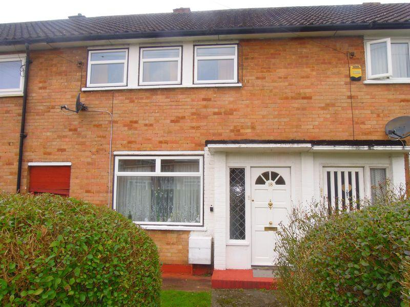 2 Bedrooms Terraced House for sale in Parry Green South, Langley.