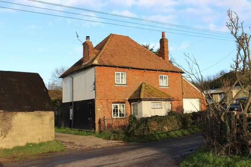 3 Bedrooms Detached House for sale in Breach Farm Cottage, Upchurch