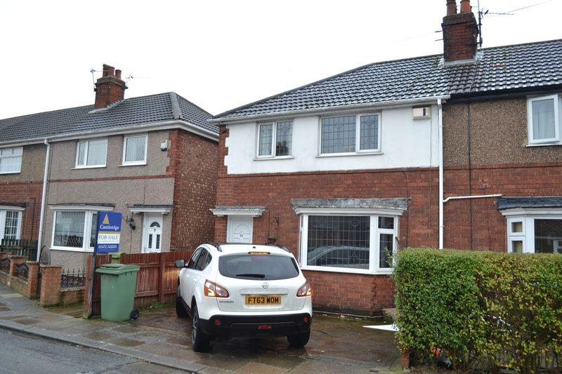 3 Bedrooms End Of Terrace House for sale in St. Leonards Avenue, Grimsby