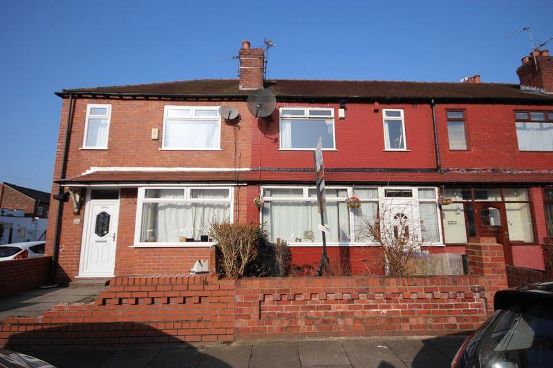 3 Bedrooms Mews House for sale in Oldham Road, Middleton Manchester M24 2LB