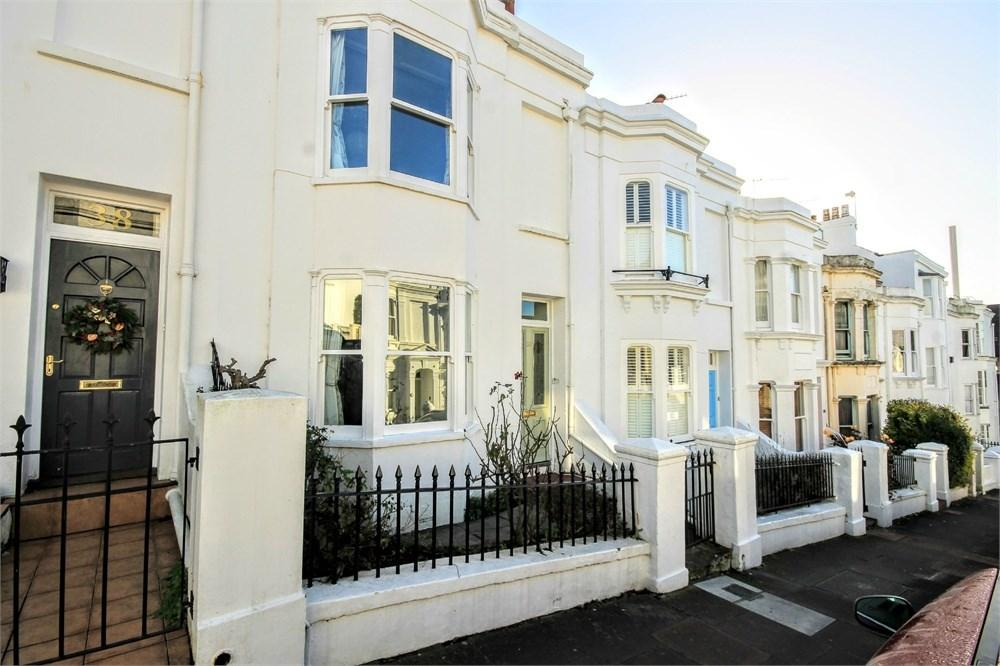 4 Bedrooms Terraced House for sale in Victoria Street, Brighton, BN1