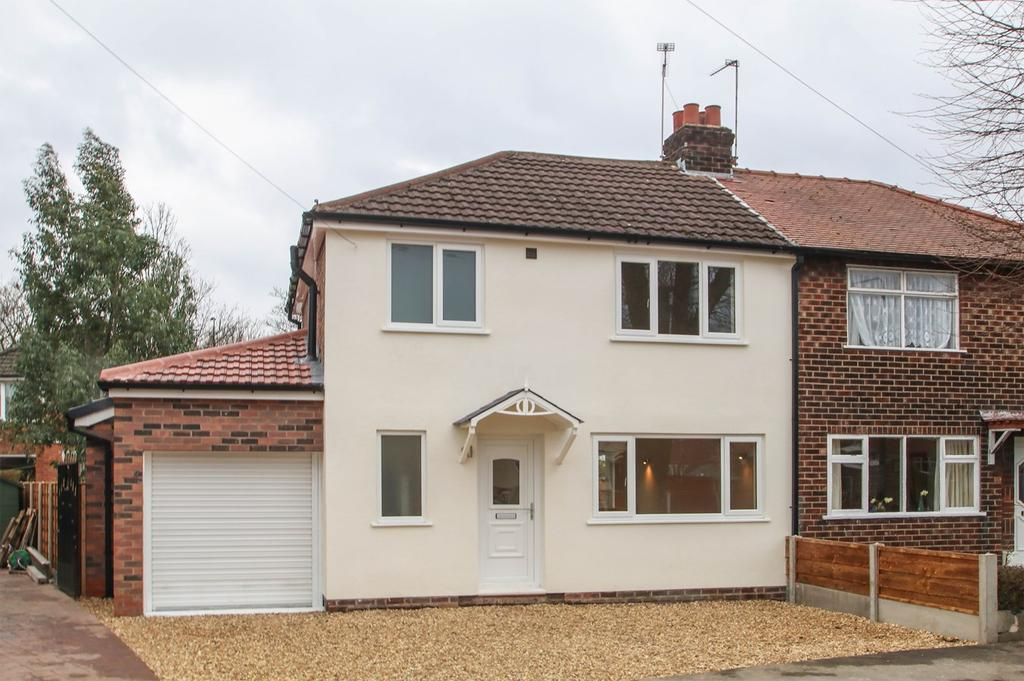 3 Bedrooms Semi Detached House for sale in Thurlestone Drive, Urmston, Manchester, M41