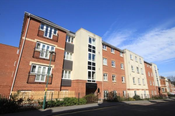 2 Bedrooms Apartment Flat for sale in Norwich Avenue West, Bournemouth