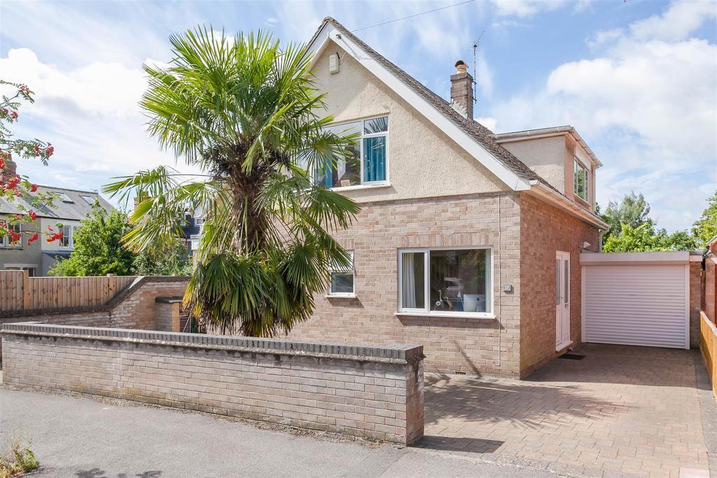 4 Bedrooms Detached Bungalow for sale in St. Annes Road, Headington