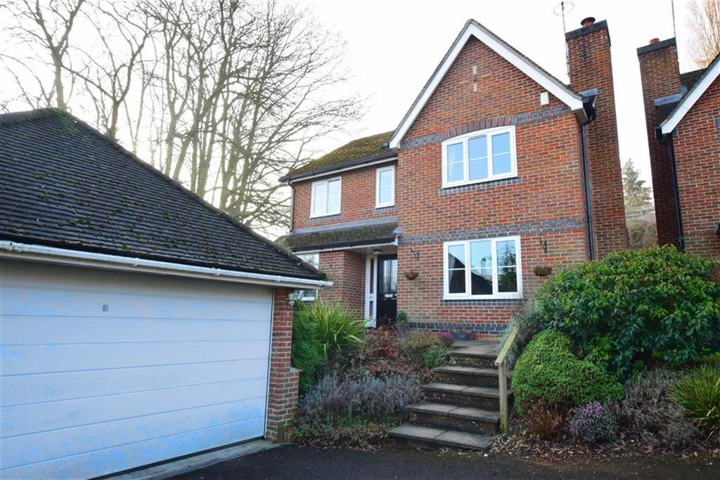 4 Bedrooms Detached House for sale in Hunters Chase, Caversham Heights, Reading