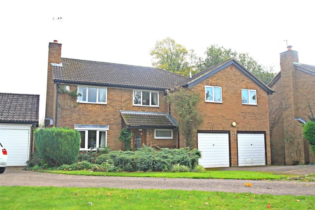 5 Bedrooms Detached House for sale in Elmers Park, Bletchley, Milton Keynes