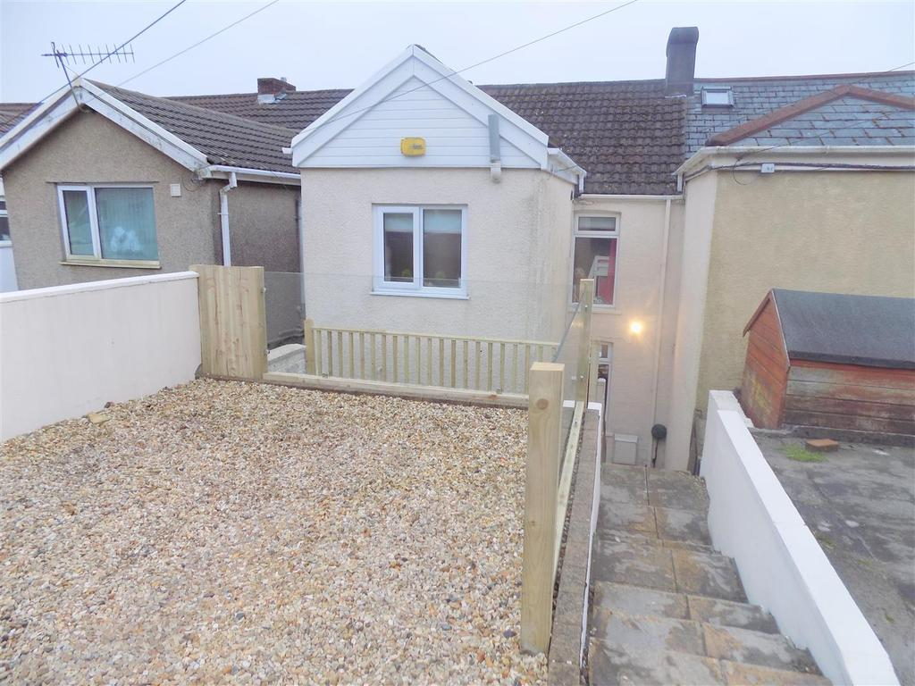 2 Bedrooms House for sale in Newall Road, Neath