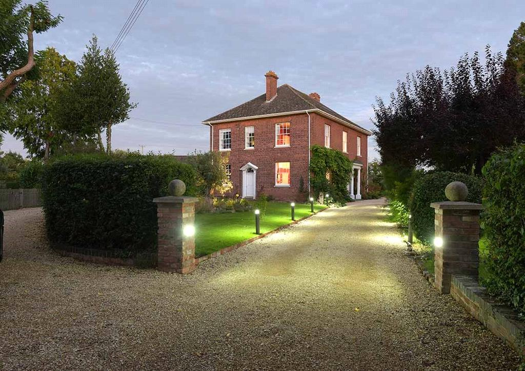 6 Bedrooms Detached House for sale in Bransford Court Lane, Bransford, Worcester, Worcestershire, WR6