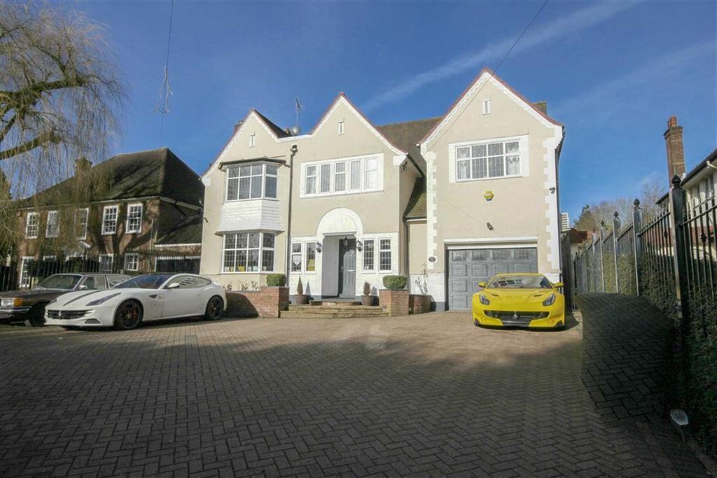 6 Bedrooms Detached House for sale in Barnet Road, Arkley, Hertfordshire