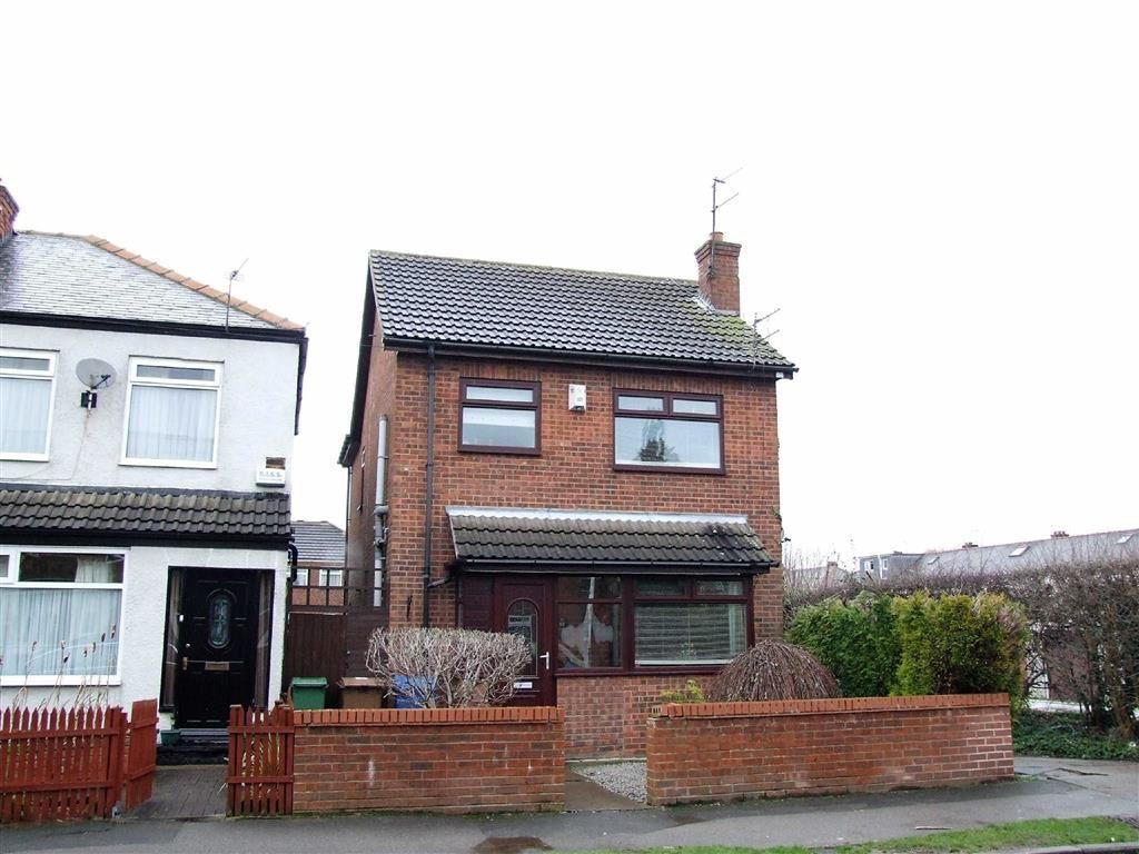 3 Bedrooms Detached House for sale in Northfield Avenue, Hessle, East Yorkshire, HU13