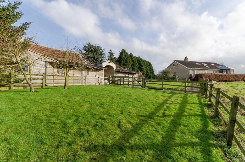 4 Bedrooms Detached House for sale in Thornton Hill, Easingwold