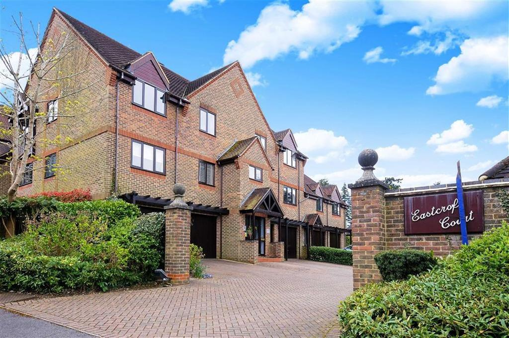 2 Bedrooms Flat for sale in Eastcroft Court, Albury Road, Guildford, GU1