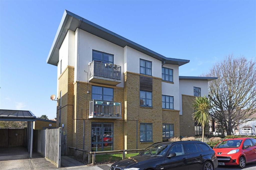 2 Bedrooms Flat for rent in Denmark Road, Brighton