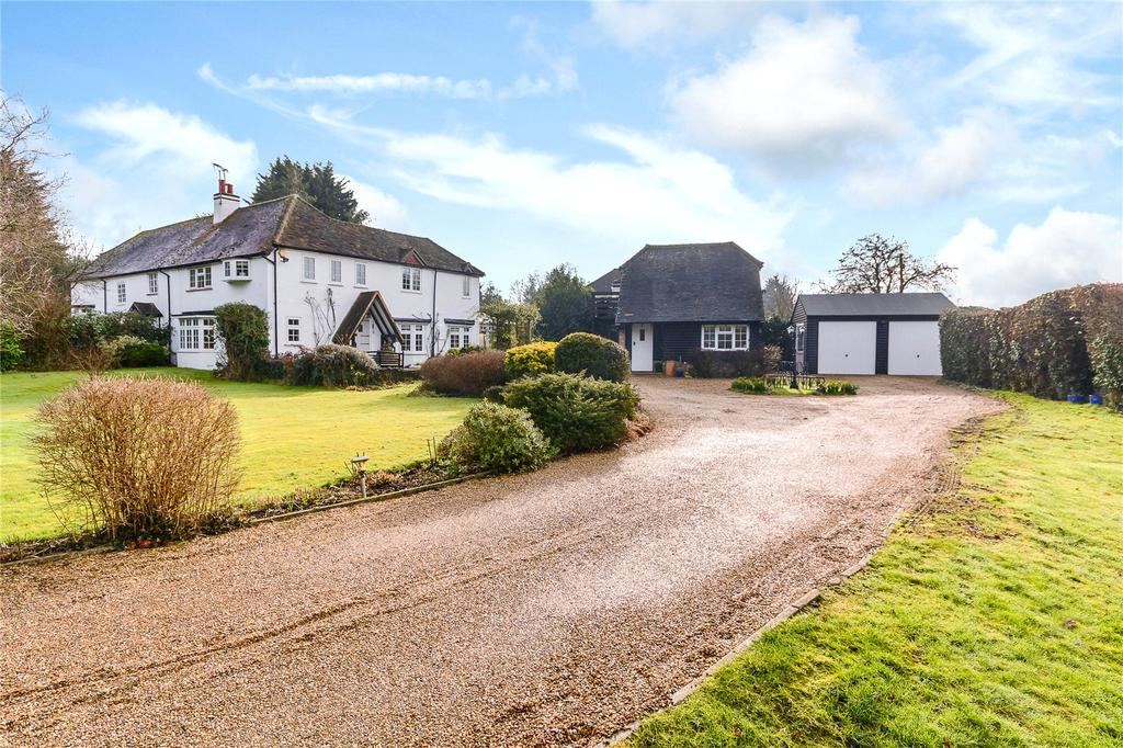 4 Bedrooms Semi Detached House for sale in Rickmansworth Lane, Chalfont St Peter, Buckinghamshire
