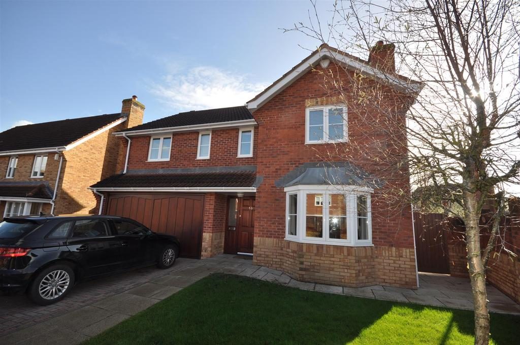 4 Bedrooms Detached House for sale in Killams Green, Taunton