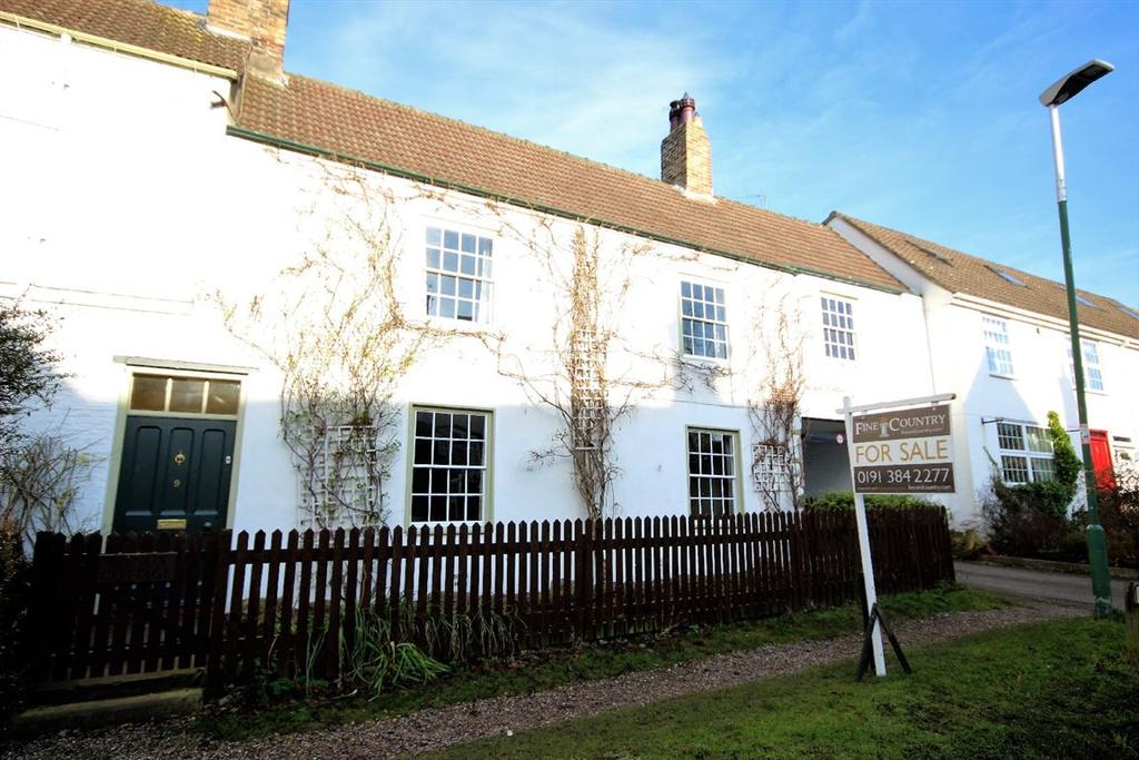 4 Bedrooms House for sale in 9 Manor Close, Shincliffe, Durham