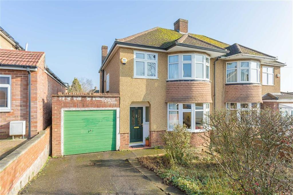3 Bedrooms Semi Detached House for sale in Winchester Road, Northwood Hills, Middlesex