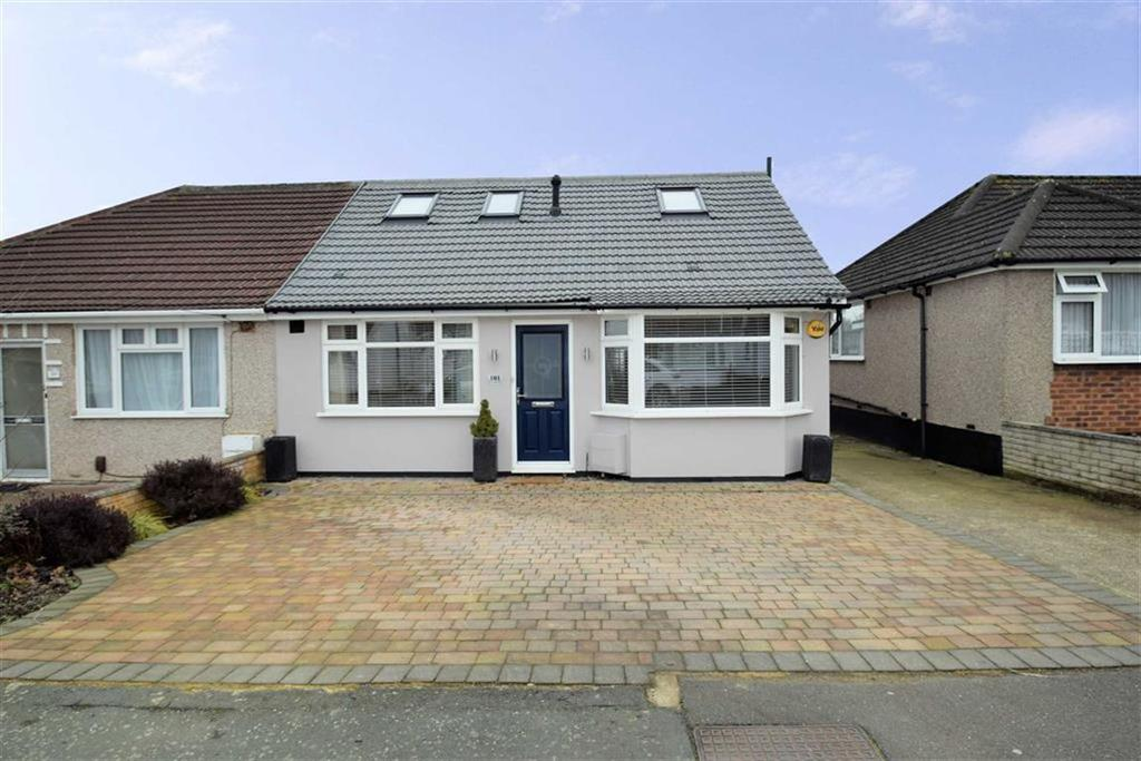 4 Bedrooms Semi Detached Bungalow for sale in St Georges Avenue, Watford, Herts