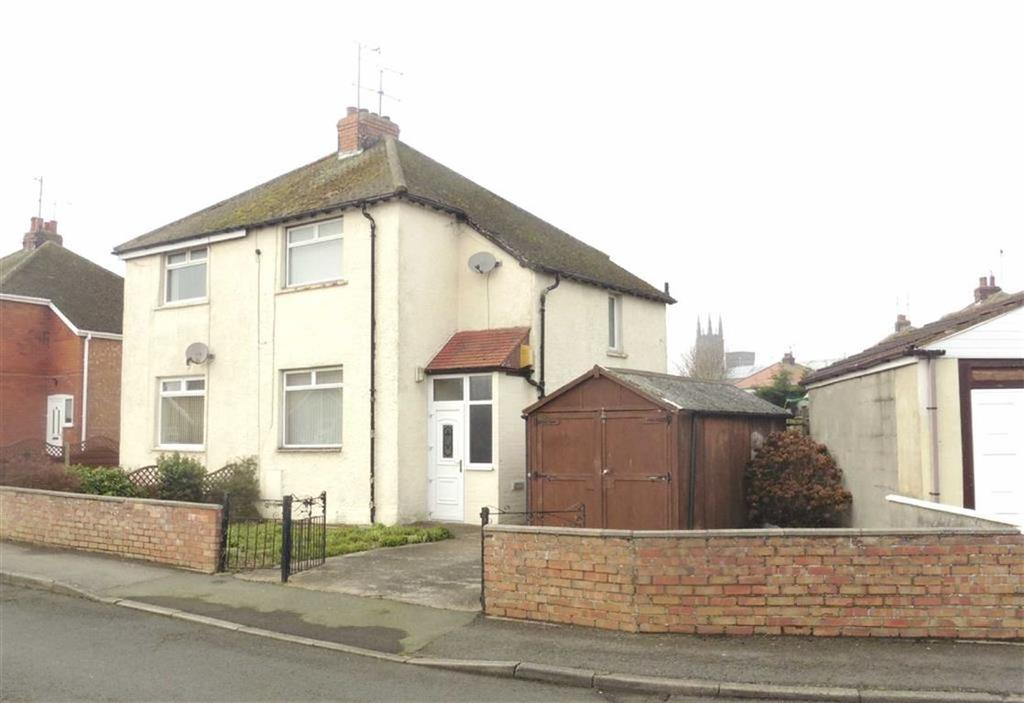 2 Bedrooms Semi Detached House for sale in St Marys Crescent, Bridlington, East Yorkshire