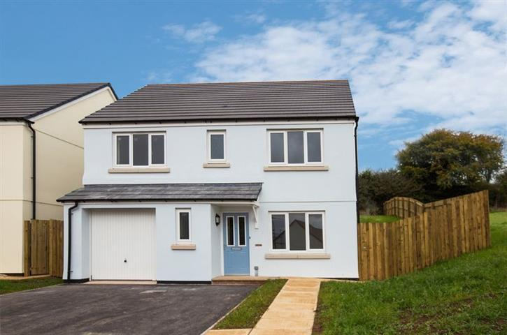 4 Bedrooms Detached House for sale in Hunters Green, Wellington TA21