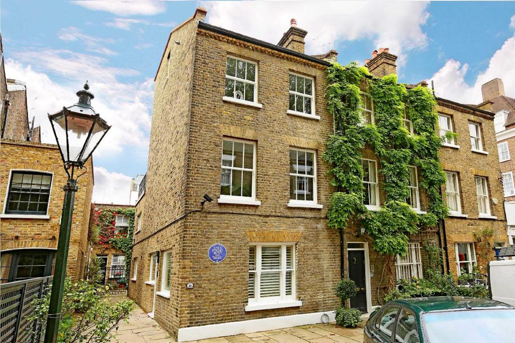 3 Bedrooms Semi Detached House for sale in Kensington Church Walk, Kensington, W8