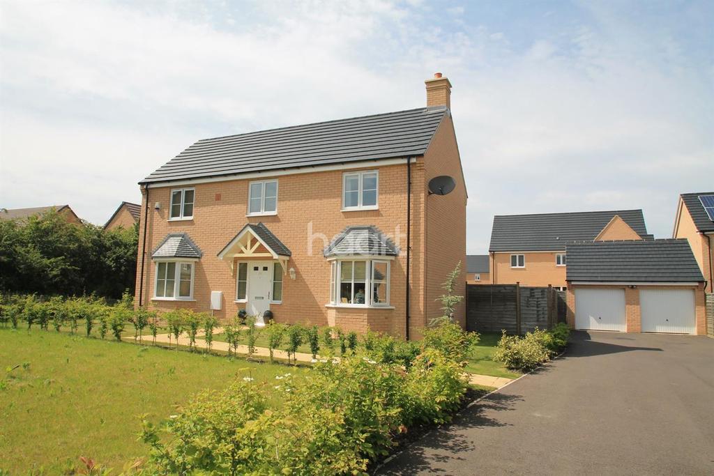 4 Bedrooms Detached House for sale in Kides Crescent, Longstanton