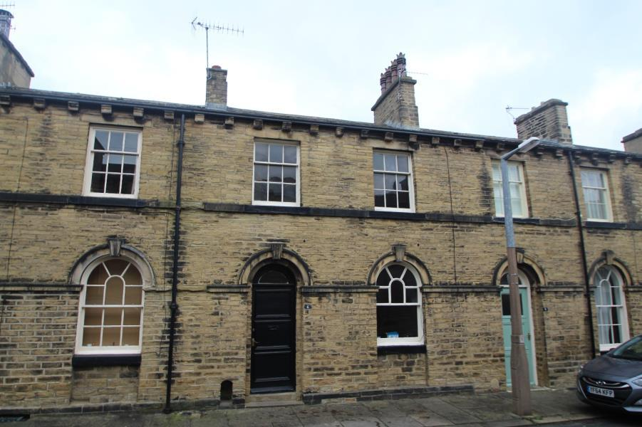 3 Bedrooms Terraced House for sale in CONSTANCE STREET, SALTAIRE, BD18 4LX