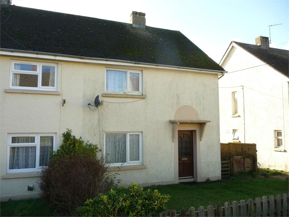 3 Bedrooms Semi Detached House for sale in 12 Cefn Coed, Scleddau, Fishguard, Pembrokeshire, Pembrokeshire