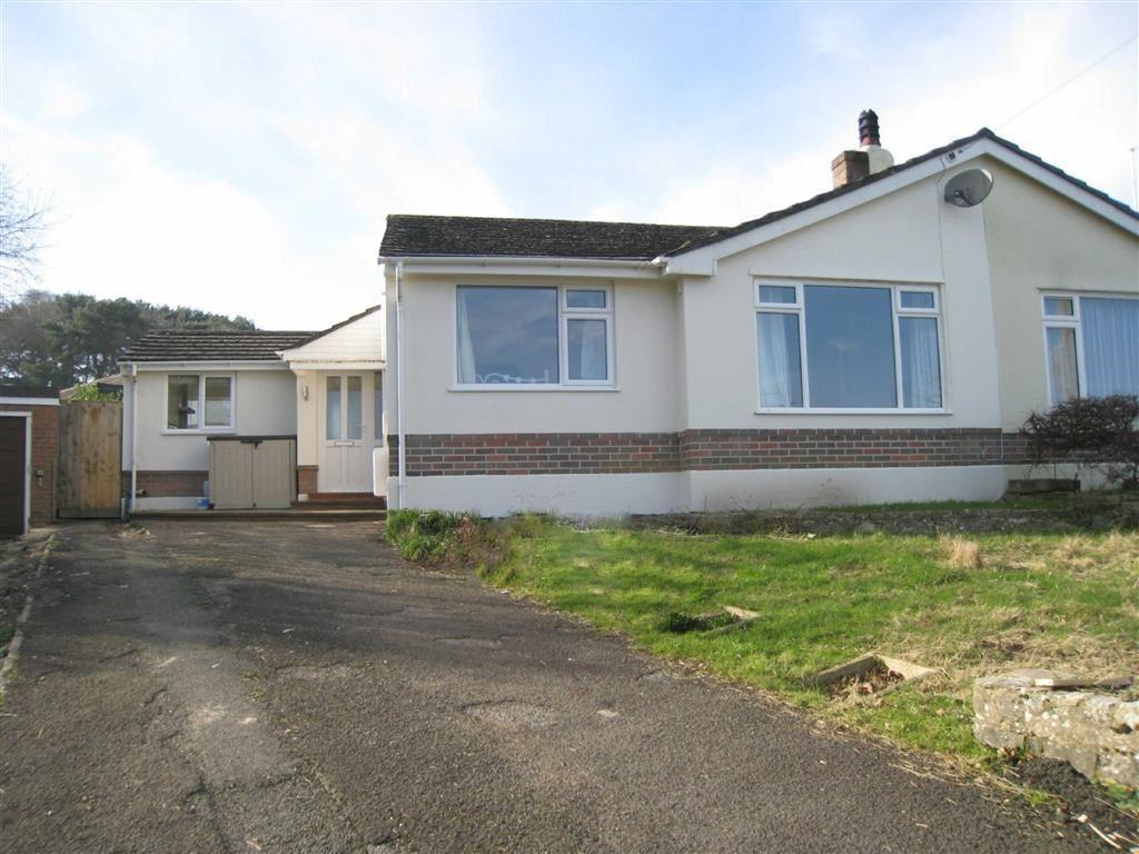 3 Bedrooms Semi Detached Bungalow for sale in Heron Drive, Wimborne, Dorset