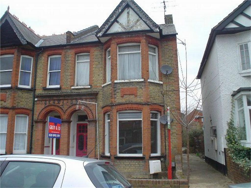 Studio Flat for sale in Vaughan Road, Harrow, Greater London