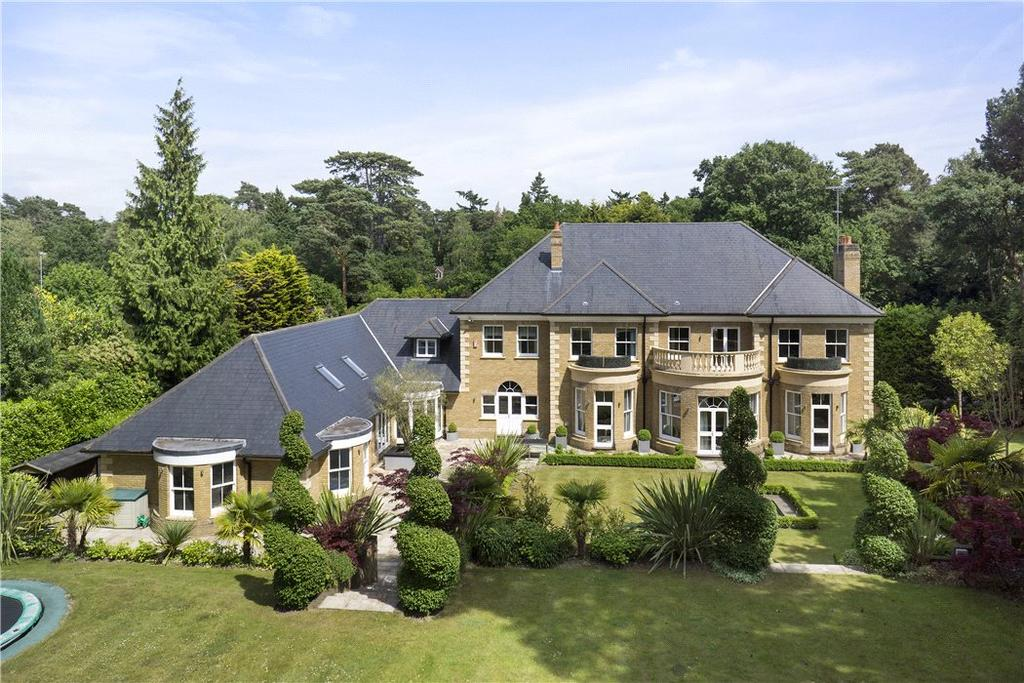 6 Bedrooms Detached House for sale in South Road, St George's Hill, Weybridge, Surrey, KT13