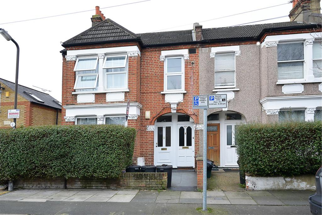 3 Bedrooms Flat for sale in Hotham Road, Wimbledon, SW19