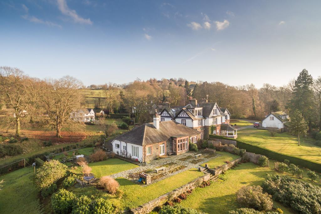 4 Bedrooms Manor House Character Property for sale in Bowfell Close, Middle Entrance Drive, Bowness-On-Windermere, LA23 3JY