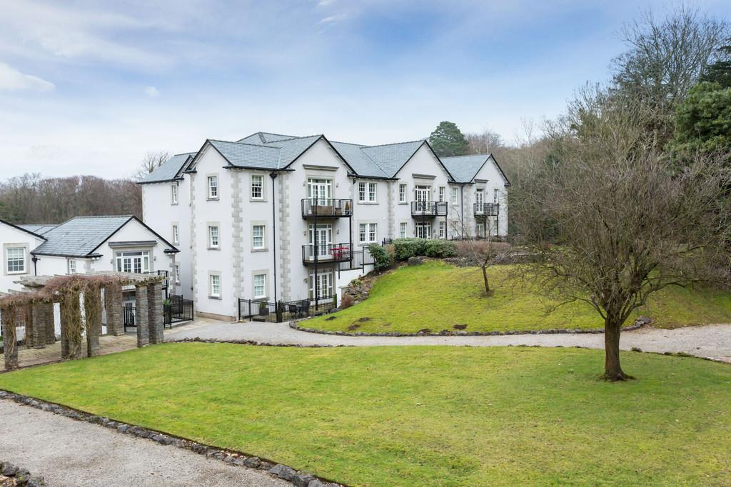 2 Bedrooms Apartment Flat for sale in Apartment 21, Hazelwood Hall, Silverdale, Carnforth LA5 0UD