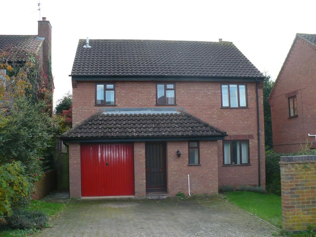 4 Bedrooms Detached House for sale in Hawthorn Drive, Thrapston