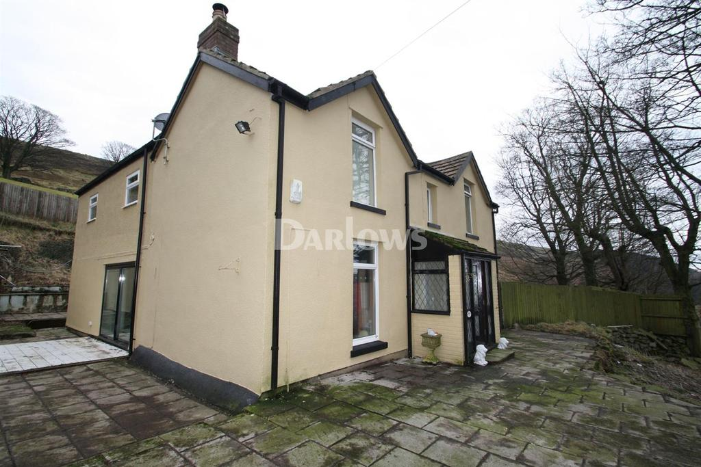 6 Bedrooms Farm House Character Property for sale in Tredegar, Gwent