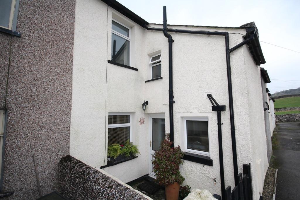 2 Bedrooms Terraced House for sale in 5 Beech Road, Grange-Over-Sands