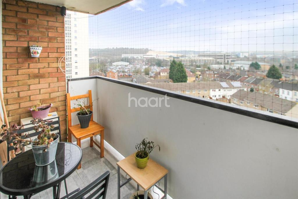 2 Bedrooms Flat for sale in Breakfast On The Balcony