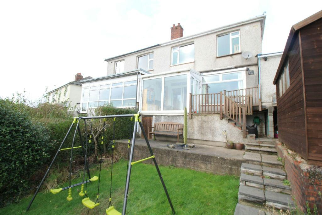 3 Bedrooms Semi Detached House for sale in Beechwood Crescent, Newport