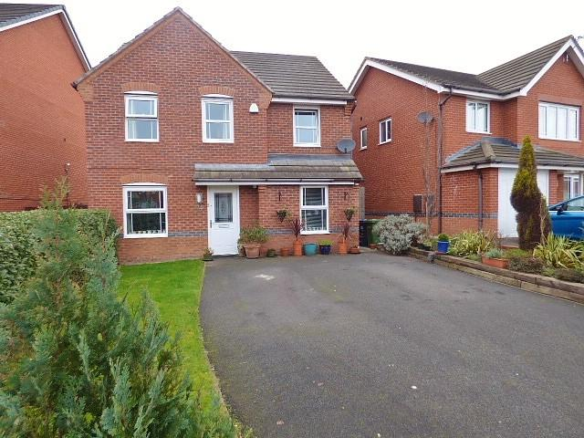 4 Bedrooms Detached House for sale in Snowberry Crescent, Warrington