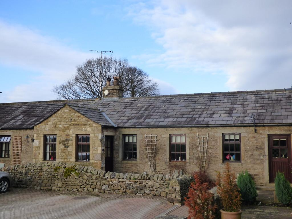 2 Bedrooms Cottage House for sale in Runley Mill, Settle