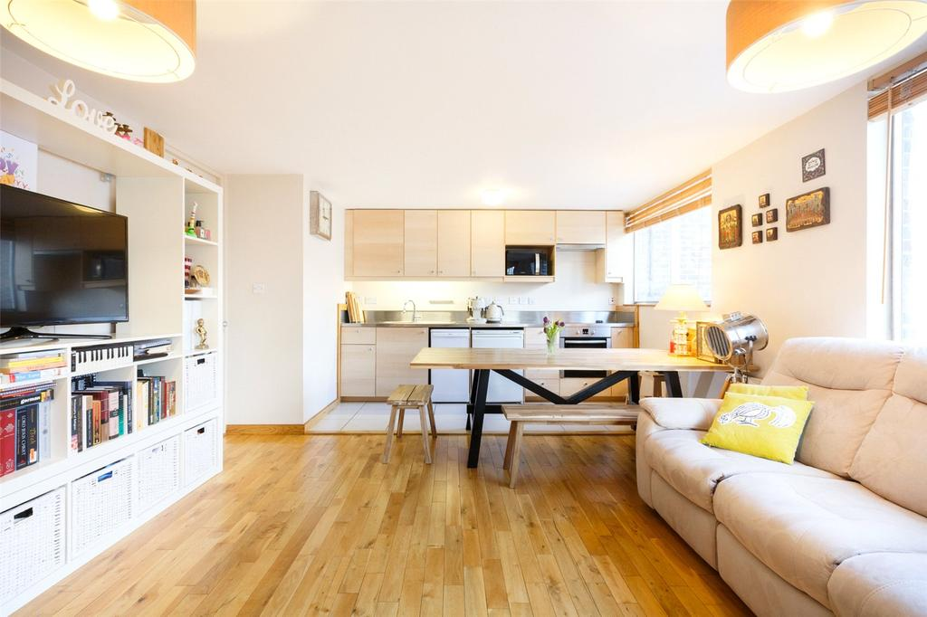 2 Bedrooms Apartment Flat for sale in Shire House, Lamb's Passage, London, EC1Y