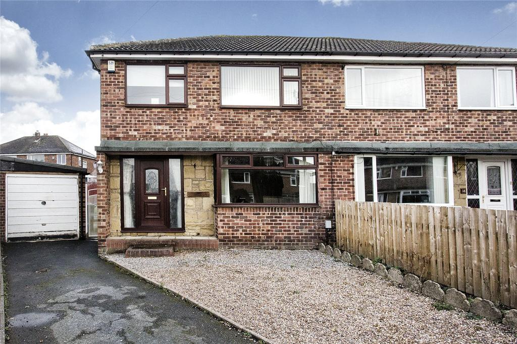 3 Bedrooms Semi Detached House for sale in Crossley Close, Mirfield, WF14