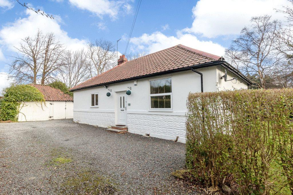 3 Bedrooms Detached Bungalow for sale in Middle Drive, Darras Hall, Ponteland, Northumberland