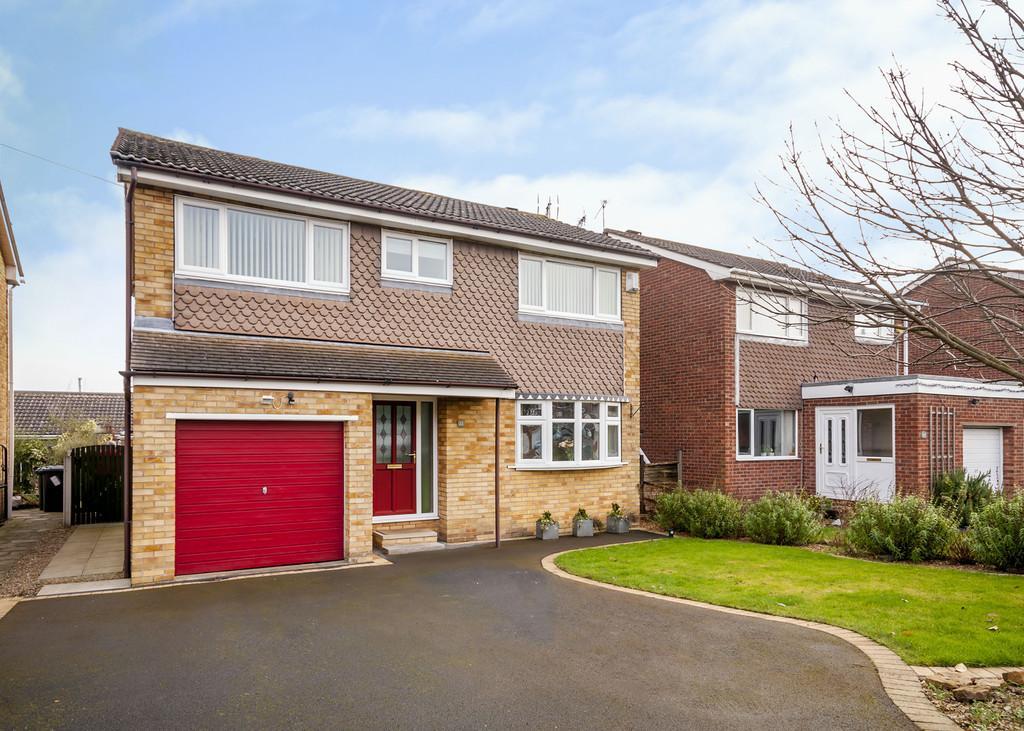 4 Bedrooms Detached House for sale in Saffron Crescent, Tickhill