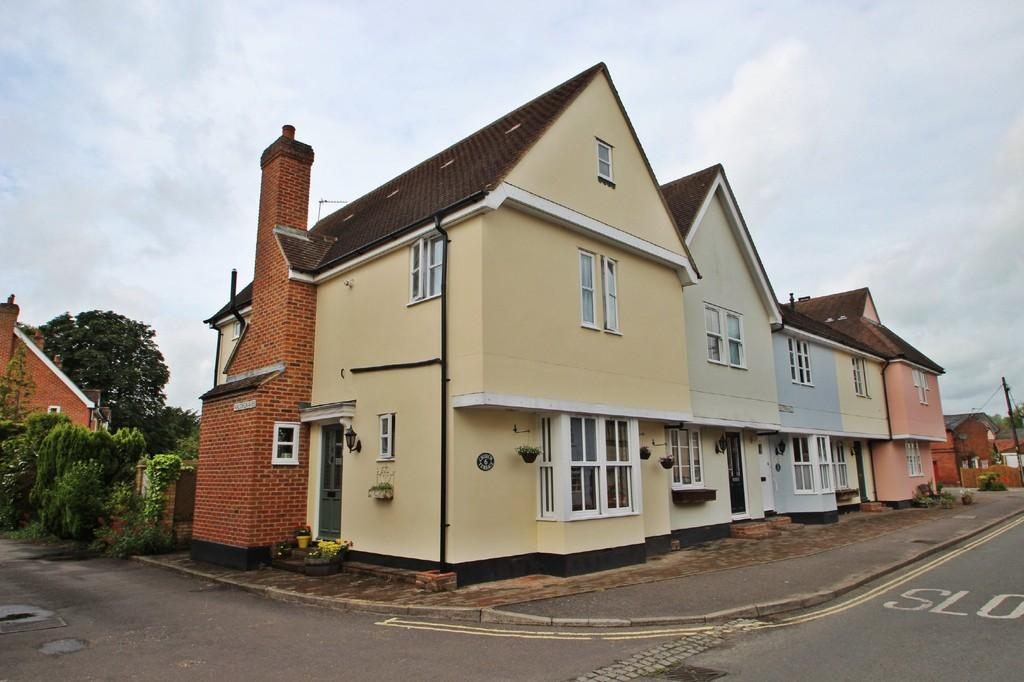 3 Bedrooms End Of Terrace House for sale in Church Terrace, Bures St Mary, CO8
