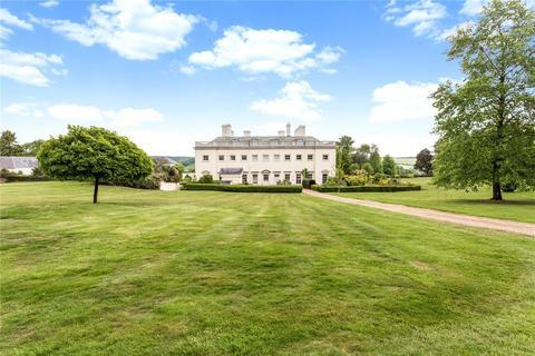 3 bedroom apartment to rent - Shardeloes, Missenden Road, Amersham, Buckinghamshire, HP7