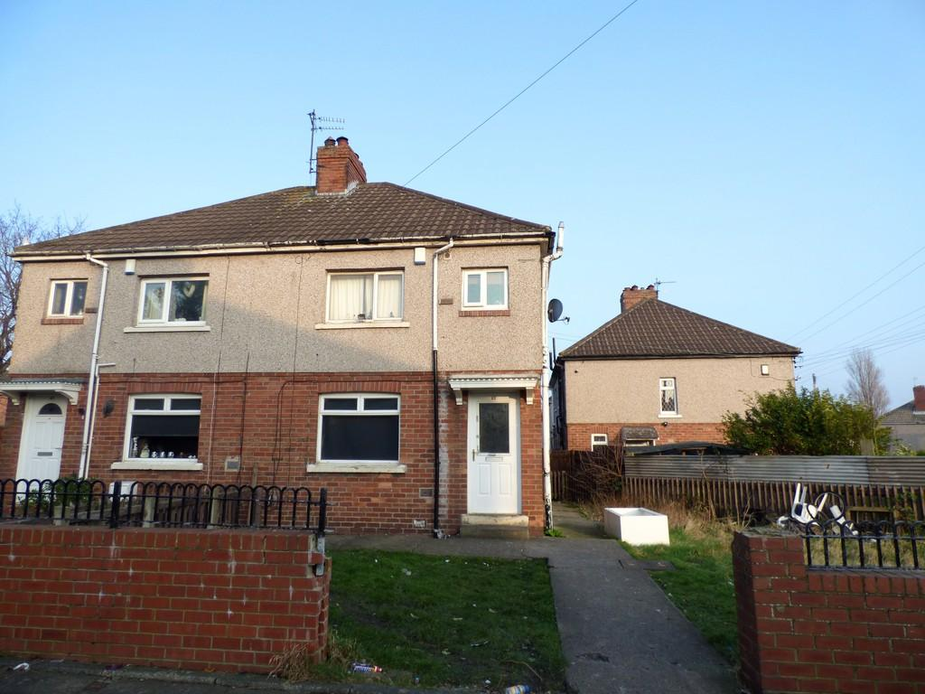 3 Bedrooms Semi Detached House for sale in Hewitt Avenue, Ryhope, Sunderland