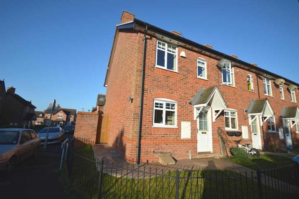 2 Bedrooms Mews House for sale in White Clover Square, Lymm