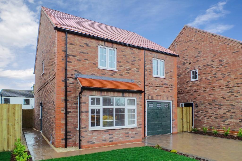 4 Bedrooms Detached House for sale in The Rosslyn, Chapel Garth, Hambleton, YO8 9JG